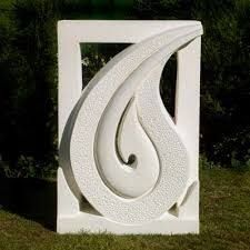 We create oamaru limestone sculptures of all sizes for every occasion and purpose. Including unique and personalised maori headstones. Plaster Sculpture, Sculpture Art, Sculpture Ideas, Garden Sculptures, Shell Drawing, Royal Art, Maori Designs, Beton Diy, Nz Art