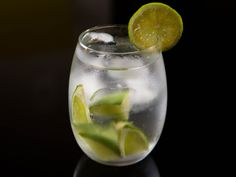 Brazil 20140616-summer-drinks-around-the-world-Caipirinha-vicky-wasik-5.jpg