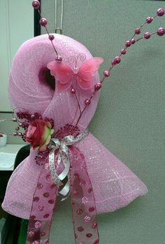 Cut-a-thon for work A fun twist on a breast cancer wreath. Try making these for fundraising! Breast Cancer Wreath, Breast Cancer Crafts, Wreath Crafts, Diy Wreath, Wreath Ideas, Crafts To Do, Diy Crafts, Deco Mesh Wreaths, Ribbon Wreaths