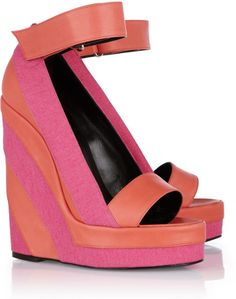 How freaking cute are these! Canvas and Leather Platform Wedge Sandals