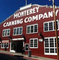 Lots of shops and restaurants can be found at Cannery Row! #Monterey #CanneryRow