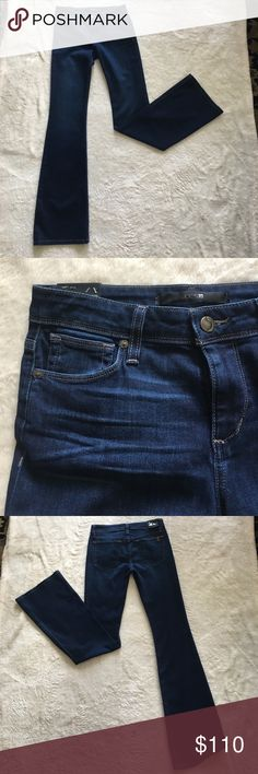 ⭐️JEANS PARTY SALE!!⭐️ Joe's Jeans!!! Joe's Jeans! A great basic look to match what ever occasion you have! Any season! Solid denim blue color with a flare pant leg. Joe's Jeans Jeans Flare & Wide Leg