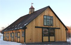 Small Barns - private farm - Phoenixville, PA  -  4 horse stalls 12x12, 2 wash/groom stalls, tack room, feed room