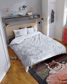 20 Modern Small Bedroom Space Saving Ideas : Small Bedroom Furniture Sets With White Blankets Bedroom Furniture Sets, Small Bedroom Interior, Bedroom Decor, Small Spaces, Bedroom Interior, Home, Bedroom Dressers, Wall Mounted Storage Shelves, Home Decor