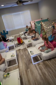 sleepover beds Glitter and Glam Teepee Rental Pack - sleepover Birthday Sleepover Ideas, Sleepover Beds, Adult Slumber Party, Birthday Themes For Adults, Birthday Party For Teens, Slumber Parties, Teen Sleepover, 10th Birthday, Birthday Wishes