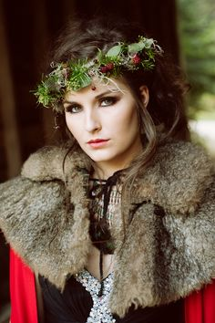 Not for my wedding, but i LOVE the idea! Red Riding Hood wedding/photo shoot!