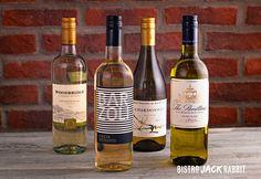 Vin Blanc en bouteille disponible au Bistro Jack Rabbit du Centre de ski Le Relais. Bistro, Jack Rabbit, Centre, Wine, Activities, Drinks, Bottle, Italia, Budget