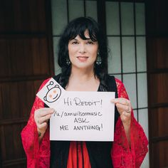 "MARK YOUR CALENDARS! Ann Wilson will be doing a Reddit ""Ask Me Anything"" @ 7pm PST on 9/23! https://www.reddit.com/r/iama/"