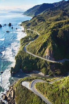 West Coast, South Island, New Zealand. I've been on this road!!!! Straight to Karamea. Ah, take me back...