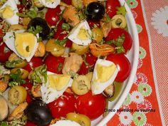 Cinco sentidos na cozinha: Salada de batata, feijão verde, tomate e mexilhão
