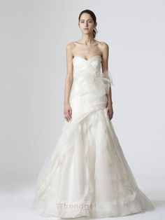 Attractive A-line Sweetheart Floor-length Organza White Wedding Dresses