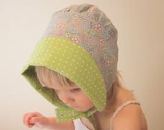 Baby bonnet sun hat Grey, green Bonnet.