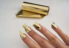 gold nails, gold manicure, diy, fashion diy,