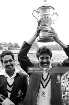 News Photo : World Cup Final 1983 Kapil Dev with cup and Man...