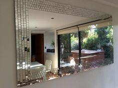 Espejo con mosaico en espejitos Medidas 1.60 x 80 cm. Mirror Wall Tiles, Mirrors, Ramadan Decorations, Diy Crafts, Bathroom, House Styles, Bling, Decorating, Furniture