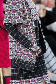 Chanel Fall 2016 Ready-to-Wear Fashion Show Details