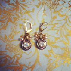 Vintage crystal and pearl earings. By D. Wallace Designs.