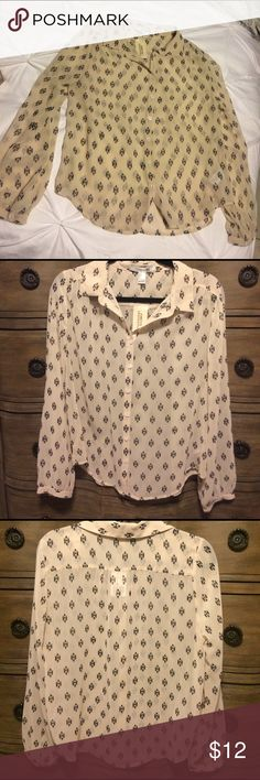Forever 21 Button Down Top Sheer lightweight cream button down top with black pattern. Forever 21 Tops Button Down Shirts