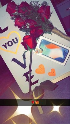 Girlfriend Birthday, Friend Birthday Gifts, 18th Birthday Party Ideas For Girls, Birthday Goals, Snapchat Picture, Mirror Pic, Gifts For Your Girlfriend, Cute Girl Poses, Stylish Girl Images