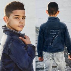 Cristiano Ronaldo Junior, Cristiano Ronaldo Cr7, Cr7 Junior, Cute 13 Year Old Boys, Father And Son, Soccer Players, Messi, Kids And Parenting, Little Boys