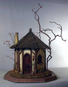 Karin Corbin Miniatures: Installing the hinge