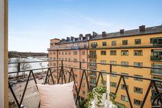 Bostadsrätt till salu på Baltzar von Platens Gata 4, 5tr i Stockholm - Mäklarhuset