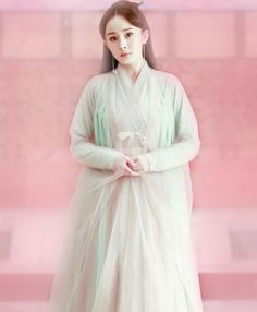 Bạch Thiển Ancient Beauty, Peach Blossoms, Eternal Love, Ancient China, Hanfu, Traditional Outfits, Beautiful People, Idol, Handsome