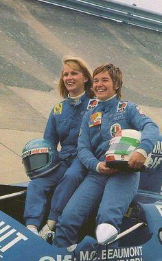 1975 24 Hours of Le Mans : Lella Lombardi/Marie-Claude Beaumont, Renault-Alpine A441 2.0L V6 #26, Elf Switzerland. (ph: © Jean-Jacques Mancel)