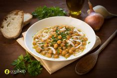 Chickpea Stew - Do you need healthy and delicious recipes? Our selection of nutritional recipes are sure to satisfy. Breakfast, lunch, dinner, dessert and snacks, are sorted. Clean Eating Recipes, Cooking Recipes, Chickpea Soup, Mexican Cooking, Recipe Details, Stew, Macaroni And Cheese, Zucchini, Chicken Recipes