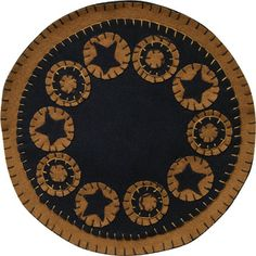 Black Star Candle Mat might be nice in red,white & blue Penny Rug Patterns, Wool Applique Patterns, Rug Hooking Patterns, Felt Applique, Felt Patterns, Print Patterns, Felted Wool Crafts, Felt Crafts, Fabric Crafts