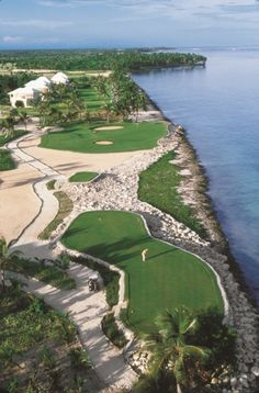 La Cana golf course in Punta Cana by P. B. Dye.