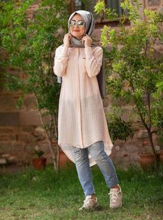 Shop Natural Tunic - Powder in Tunics category. Modanisa your online muslim modest fashion store. Modern Hijab Fashion, Street Hijab Fashion, Arab Fashion, Islamic Fashion, Muslim Fashion, Modest Fashion, Girl Fashion, Fashion Outfits, Hijab Trends