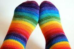 Nice colours! Socks, Colours, Knitting, Nice, Fashion, Moda, Tricot, Fashion Styles, Breien