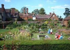 Packwood House... Solihull .... The garden view !!!