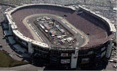 I have to see a Nascar race at Bristol Motor Speedway