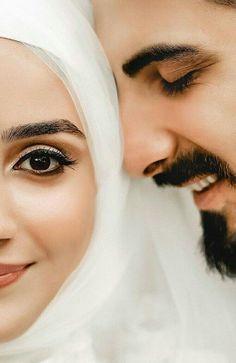 Wallpaper couple muslim New ideas Muslimah Wedding Dress, Muslim Wedding Dresses, Muslim Couple Photography, Wedding Photography Poses, Makeup Photography, Couple Pictures, Wedding Pictures, Couple Goals Tumblr, Cute Muslim Couples