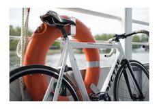 #boat #photography #sonyalpha #digital #berlin #neukölln #mostlyfilm #instagood #bicycle #fixie #bike #nobreaks #trackbike #fixedgear #bikeporn #pista http://tipsrazzi.com/ipost/1511914262029122844/?code=BT7ZgLHF70c