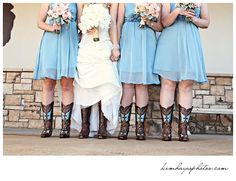 Charla Corn.  Sisters holding hands ;) Photos by Kim Hayes Photography