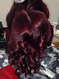 Deep plum and red. Pressed Natural Hair, Dyed Natural Hair, Wine Red Hair, Red Wine, Curly Hair Styles, Natural Hair Styles, Cute Hair Colors, Burgundy Hair Black Girl, Red Burgundy