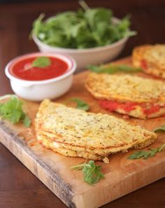 The Proverbs 31 Daughter: Trim Healthy Mama ~ Cauliflower Crust Calzone