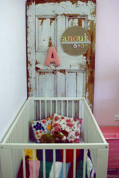 Vintage Pie: A Vintage Girls Room