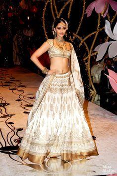 Sonam Kapoor at India Bridal Fashion Week 2013