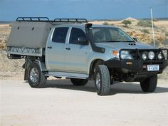 Waz's Toyota Hilux SR Dual cab trayback