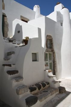 Image from the Castelli (medieval fortified settlement) of village Emporio, Santorin
