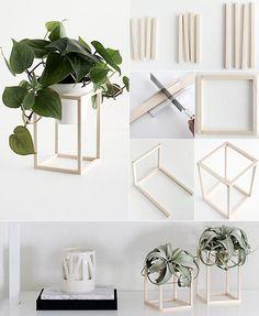 do-it-yourself-Deko-in-Schwarz,-Weiß-und-Holz_blumenhalter-basteln-mit-holz do-it-yourself-decoration-in-black, -white-and-wood-flower holder-handicrafts-with-wood Decor Room, Bedroom Decor, Easy Diy Room Decor, Diy Wall Decor, Bedroom Ideas, Diy Décoration, Diy Crafts, Plant Crafts, Rope Crafts