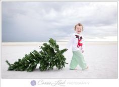 The holidays are a time to bring family together. What better way to spread holiday cheer than with these original family Christmas card photo ideas. Toddler Christmas Pictures, Toddler Christmas Outfit, Christmas Outfits, Christmas Sweaters, Family Christmas Cards, Christmas Fun, Xmas Cards, Aussie Christmas, Christmas Quotes