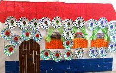 Todo el alumnado de infantil hemos realizado esta fachada típica andaluza, adornada con platos de cerámica granaína, una forma divertida de ... Gingerbread, Frame, Home Decor, Class Decoration, Pottery Plates, Flamingo, Ornaments, Blue Prints, Picture Frame
