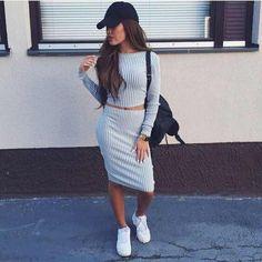 Las mejores outfits con gorra para lograr un estilo urbano (street style) siguiendo la tendencia de las famosa.