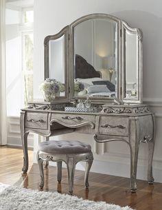 Rhianna Bedroom Vanity Set in Platinum by Pulaski - Home Gallery Stores