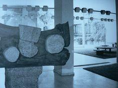 Continuons encore avec la designer polyvalente Charlotte Perriand. Junzo Sakakura, architecte japonais, fut choisit pour assurer la conception générale de la résidence de l'ambassadeur du Japon en France, qui devait s'élever sur un terrain du Faubourg...